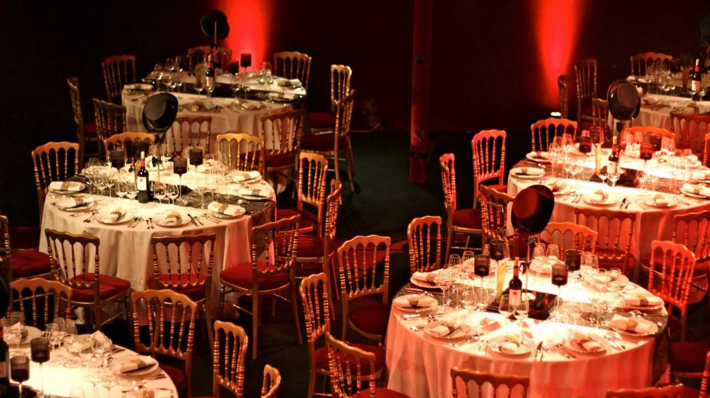 Décoration mariage thème Cabaret-Années Folles au théâtre du Trianon