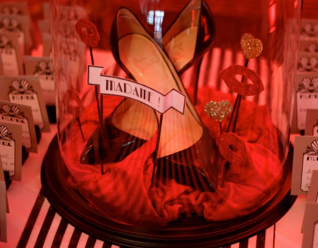 Globe en verre aux couleurs de la mariée