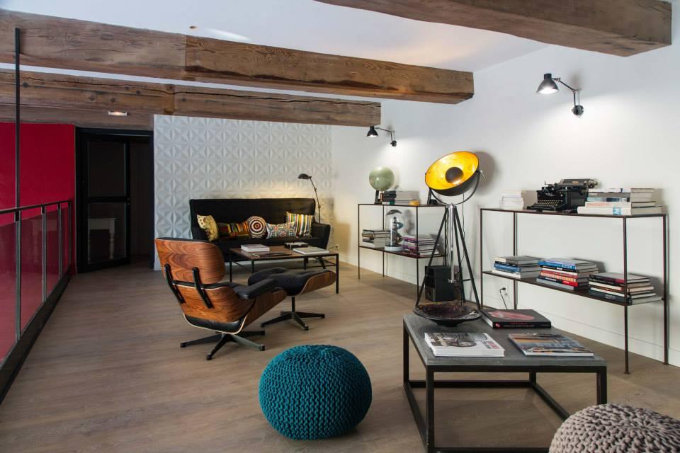 Aménagement Maison d'hôtes La Cour des Sens (langes vaucluse): salon mezzanine